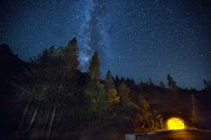 Down and Dirty Guide to Milky Way Photography | Seeing the Milky Way with your own eyes is a life-changing, mind-blowing experience. It will put your place within the universe in to perspective and remind you just how small and insignificant we all are. The sad part is that most people have never seen it. Over half of our planet's population lives in cities …