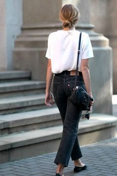 17 Simple Everyday Denim Outfits You Can Copy Now – Street Style Rocks 17 Simple Everyday Denim Outfits You Can Copy Now Simple everyday denim outfit. Black jeans, white tee and black flats Outfits Casual, Denim Outfits, Mode Outfits, Fashion Outfits, Jeans Fashion, Looks Style, Street Style Looks, Skandinavian Fashion, Casual Chic Style