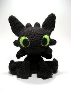 """""""Night Fury"""" Amigurumi from How to Train Your Dragon ~ Free Pattern"""