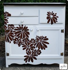 DIY Dresser Re-Do