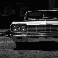 Face/on. Chevy Impala.