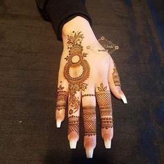 Mehndi Designs: Simple And Easy Henna Finger Henna Designs, Arabic Henna Designs, Mehndi Designs For Girls, Mehndi Designs For Beginners, Stylish Mehndi Designs, Dulhan Mehndi Designs, Mehndi Design Photos, Mehndi Designs For Fingers, Latest Mehndi Designs