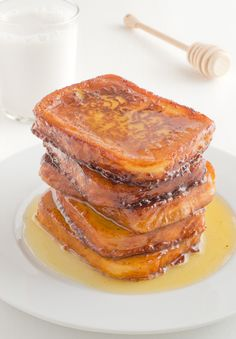 Vegan torrijas. Torrijas are a typical Spanish dessert of Lent and Holy Week and they are very similar to French toast. You're gonna love it!