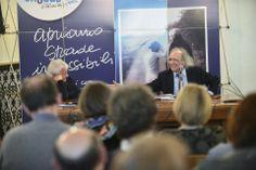 Don Antonio e il Prof. Andreoli ripresi in un momento dell'intervento