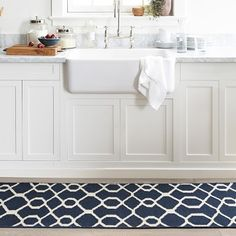 Make Williams Sonoma your source for gourmet foods and professional-quality cookware. Choose small kitchen appliances, cooking utensils and decor that match your cooking and entertaining style. Kitchen Tiles, Kitchen Decor, Bright Kitchens, Small Kitchen Appliances, Küchen Design, Cooking Utensils, Beautiful Kitchens, Woven Rug, Modern