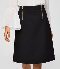 This skirt is all polished perfection
