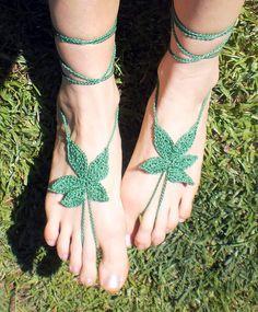barefoot WEED FEET sandals Grass Green <3#unferalhippie #barefootsandals…