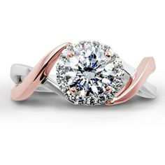 Say hello to Aura in white and rose gold on this Two Tone Tuesday!