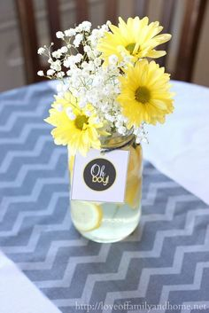 Gray and yellow baby shower decorations on a budget. Lots of decorating ideas for throwing a baby shower without spending a lot of money. Deco Baby Shower, Baby Shower Yellow, Baby Yellow, Shower Party, Baby Shower Parties, Baby Shower Themes, Baby Boy Shower, Shower Gifts, Yellow Theme