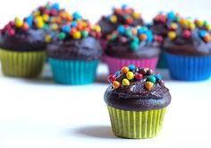 Cupcake Recipes : Vegan chocolate baby cupcakes with cashew  hazelnut frosting