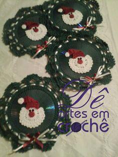 Guirlanda de Natal em Crochê feita com CD by Dê Artes em Crochê