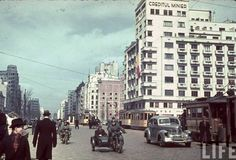 "Bucharest photos from the first decades of the century - mostly from the interwar period (between the two World Wars). ♦ The end of ""Little Paris"" (click photo) ♦ Little Paris, Bucharest Romania, Click Photo, Second World, Timeline Photos, World War Two, Old Pictures, Wonderful Places, Past"