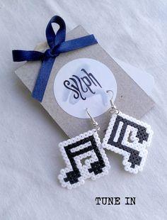 Earrings made of Hama Mini Beads - Tune In