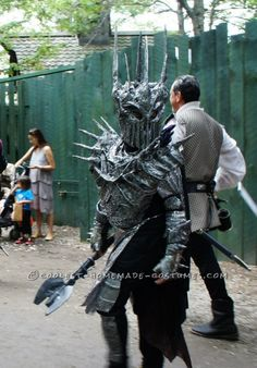 Awesome Homemade Sauron Costume from Lord of the Rings