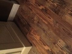 Linco Barnwood Classics Horseshoe Meadows - this is laminate!