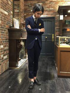 ネイビースーツ着こなし方とは?おすすめビジネスコーデ~人気ブランドご紹介!|JOOY [ジョーイ]
