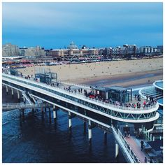 The renovated part of De Pier in Scheveningen is open for the public again! Did you know that the previous pier opened in 1901 and burned down in 1943? The Germans decided at that time to break the whole thing down, because they were afraid for an attack starting at sea during WW2. After the war, this pier was built in 1961 and opened by Prins Bernhard. They are renovating the lower part at this moment, a hamburger bar will be opened in the future and a big wheel as well!