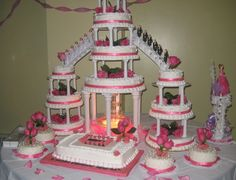 Orange cake without flour - HQ Recipes Large Wedding Cakes, Wedding Cake Fresh Flowers, Wedding Cake Photos, Themed Wedding Cakes, Wedding Cakes With Cupcakes, Themed Cakes, Cake Roses, Rose Cake, Gâteau Tres Leches