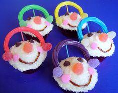 Snowman Cupcakes #snowman #winter #christmas | Simply Designing