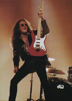 Vivian Campbell my favorite Irish Export.