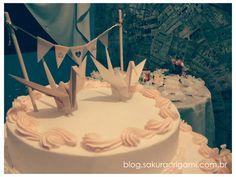 tsurus como topo de bolo <3 http://blog.sakuraorigami.com.br/