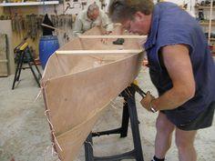 Eureka plywood canoe - stitch and glue boat plan