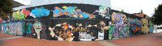 Graffitis en AV Suba con calle 95  Fotos: Mauricio Leon