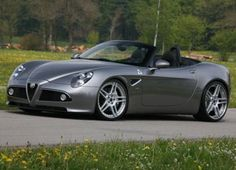 Alfa Romeo 8C Spider, another rare beauty