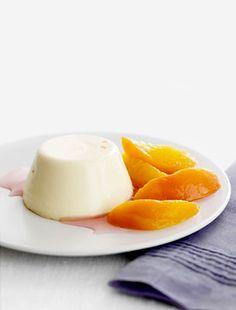 Őszibarackos panna cotta | femina.hu Panna Cotta, Cakes, Ethnic Recipes, Food, Dulce De Leche, Cake Makers, Kuchen, Essen, Cake