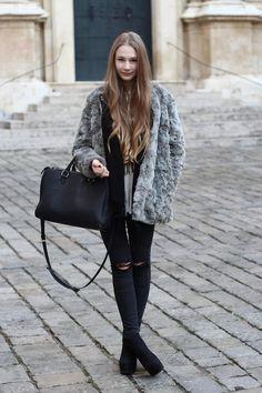 Shop this look on Kaleidoscope (coat, jeans, purse)  http://kalei.do/XIOQlmUZMd97gjRM
