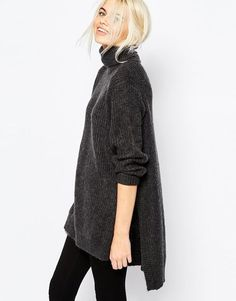 Oversized turtleneck gray sweater