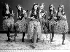 Ukulele Girls ~  Photo courtesy of Martin Ukulele