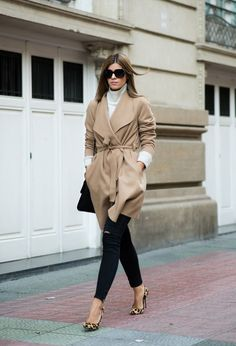 This wrap around coat looks fabulous worn with leopard print heels and distressed black jeans. Via Mstreinta.blogspot. Coat: The Desire Shop, Sweater/Shirt/Jeans: Zara, Heels: Carolina Herrera
