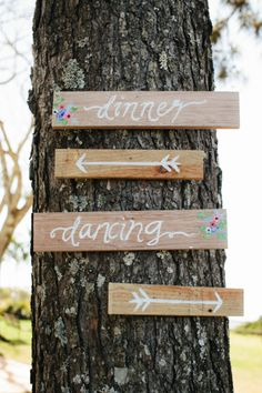 Simple wedding signs: http://www.stylemepretty.com/australia-weddings/new-south-wales-au/byron-bay/2015/01/01/elegant-byron-view-farm-wedding/ | Photography: White Images - http://whiteimages.com.au/