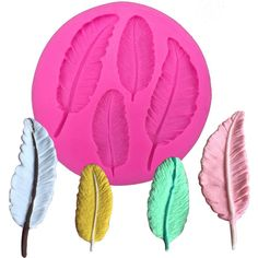 1 x Feather Shape Silicone Mold Mold Size: 9 cm x 9 cm x 0.9 cm Material: Silicone Temperature: -40° ~ +230° ★ Easy to clean ★ Food Safe, FDA Approved ★ Can be used in the refrigerator, oven, dishwash