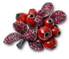Hemmerle cranberry brooch | corals - spinels - white gold - silver