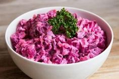 Leckerer kalorienarmer Salat, auch als Abendbrot - салаты - Haitian Potato Salad Recipe, Haitian Food Recipes, Top Salad Recipe, Salad Recipes, Low Calorie Salad, Russian Desserts, Beet Salad, Cooking Recipes, Healthy Recipes
