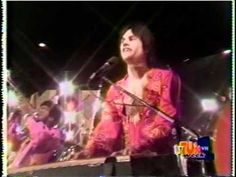 Kc & The Sunshine Band - That's The Way Like It ( American Bandstand 1976 ).VOB