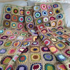 Ravelry: crochet - sunburst granny squares :: Sunshine Day Afghan pattern by Alicia Paulson (Nanny McPhee-inspired Afghan)