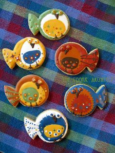 A gaggle of silly birds! Rebecca Weld- The Cookie Architect Shark Cookies, Fish Cookies, Candy Cookies, Cut Out Cookies, Iced Cookies, Cute Cookies, Decorated Cookies, Summer Cookies, Cookies For Kids