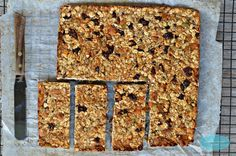 Vegan & Refined Sugar-free granola bars naturally sweetened with banana puree, dried apricot and made with chia seeds, sunflower seed and raw almonds by www.sweetashoney.co.nz #sugarfree #glutenfree