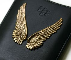 Blackberry Case with Gold Angel Wings