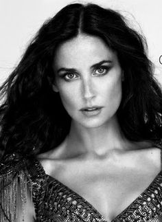 Black and White Hollywood Stars - Bing images Demi Moore, Pure Beauty, Classic Beauty, Hollywood Actresses, Actors & Actresses, New Mexico, Kelly Preston, Actrices Hollywood, Jennifer Aniston