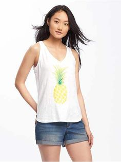 I finally got a pineapple shirt!!! I'm in love with it!!