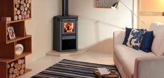 The Bosca Aresta 360 has a 8kW heat output and an efficiency of 81%. It is designed to reside in either a corner or freestanding in the centre of a room.