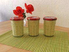 Salatsoße auf Vorrat, ein leckeres Rezept aus der Kategorie Salatdressing. Bewertungen: 317. Durchschnitt: Ø 4,7.