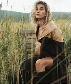 fashion editorial Hailey Baldwin looks lovely in blue for Vogue Australias October 2019 cover. Photographed by Lachlan Bailey, she wears a Burberry jacket with Cartier earrings and rings. Accompanying images show Hailey posing outdoors in new season High Fashion Photography, Beauty Photography, Editorial Photography, Photography Poses, Lifestyle Photography, Photography Training, Modeling Photography, Fashion Shoot, Editorial Fashion