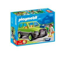 Playmobil Animal Clinic - Vet with Car PLAYMOBIL® http://www.amazon.com/dp/B0012JZDDC/ref=cm_sw_r_pi_dp_lfYcub14DZRPF