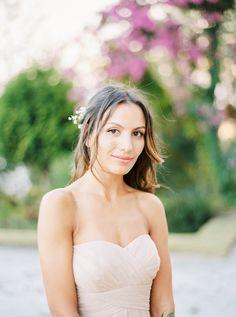 Fresh-faced bridesmaid look: http://www.stylemepretty.com/2016/04/13/a-portugal-wedding-straight-from-a-fairytale/ | Photography: Brancoprata - http://brancoprata.com/