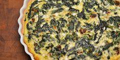 Utrolig nem og lækker spinattærte med hytteost, som både mætter og giver en god smag og konsistens.
